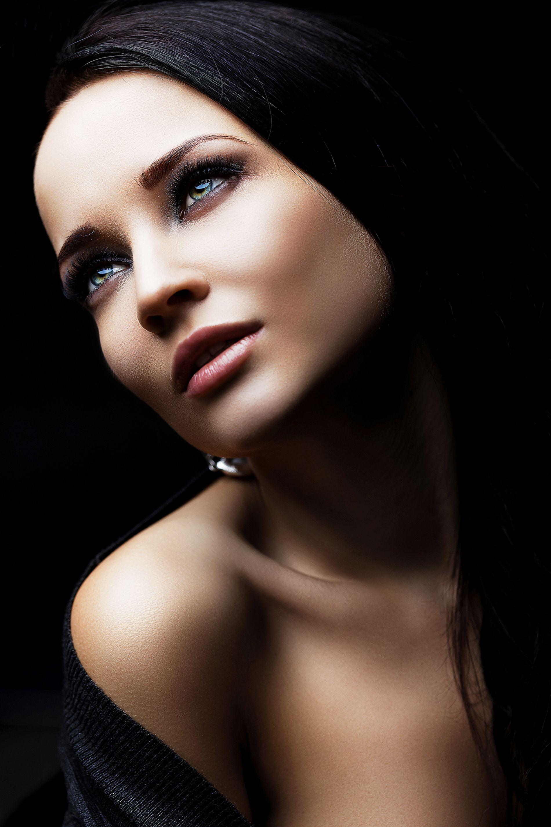 Perfect Ukrainian Model by Chris -Photos-International