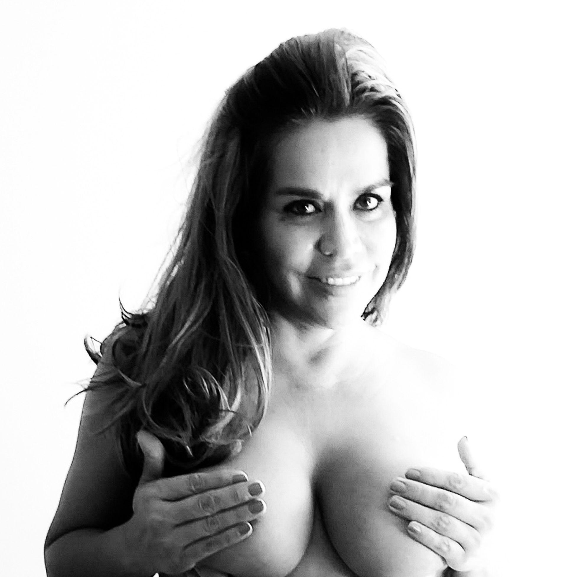 Nude daniela lazar Daniela Lazar